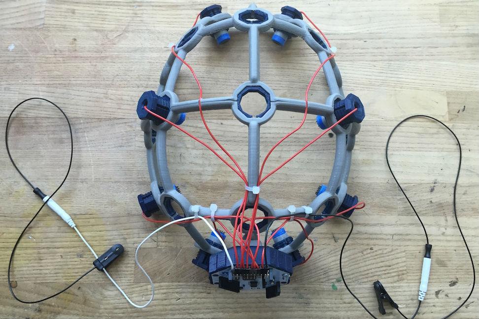 Open-source, 3D-printed headset makes biosensing tech