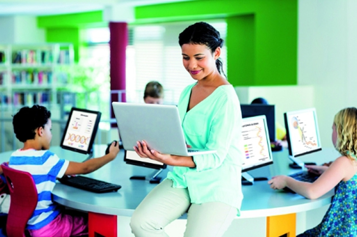 No slacking allowed: Eye tracking in 'Digital Classroom'
