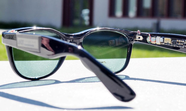 Solar Glasses Generate 200mW Of Electric Power