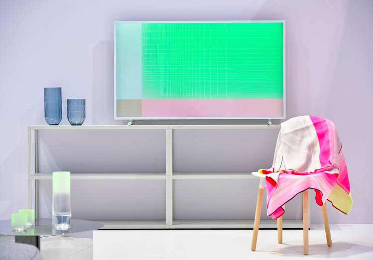 The TV That Turns Into Art When Turned Off